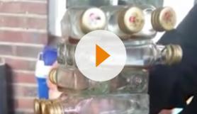 Jenga mit Kuemmerling-Flaschen